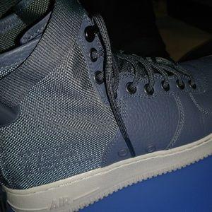 Nike SFAir. Force 1 Mid Dark Grey size 8